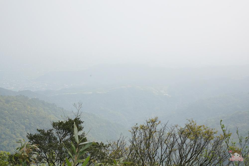 宜蘭.礁溪 臺灣的抹茶冰淇淋山,網美級小百岳仙境,挑戰聖母山莊步道,順收五峰旗瀑布
