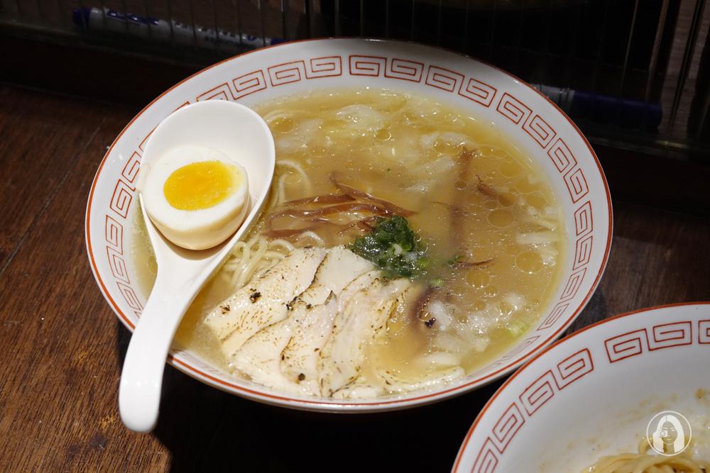 鹽味黃金雞湯麵