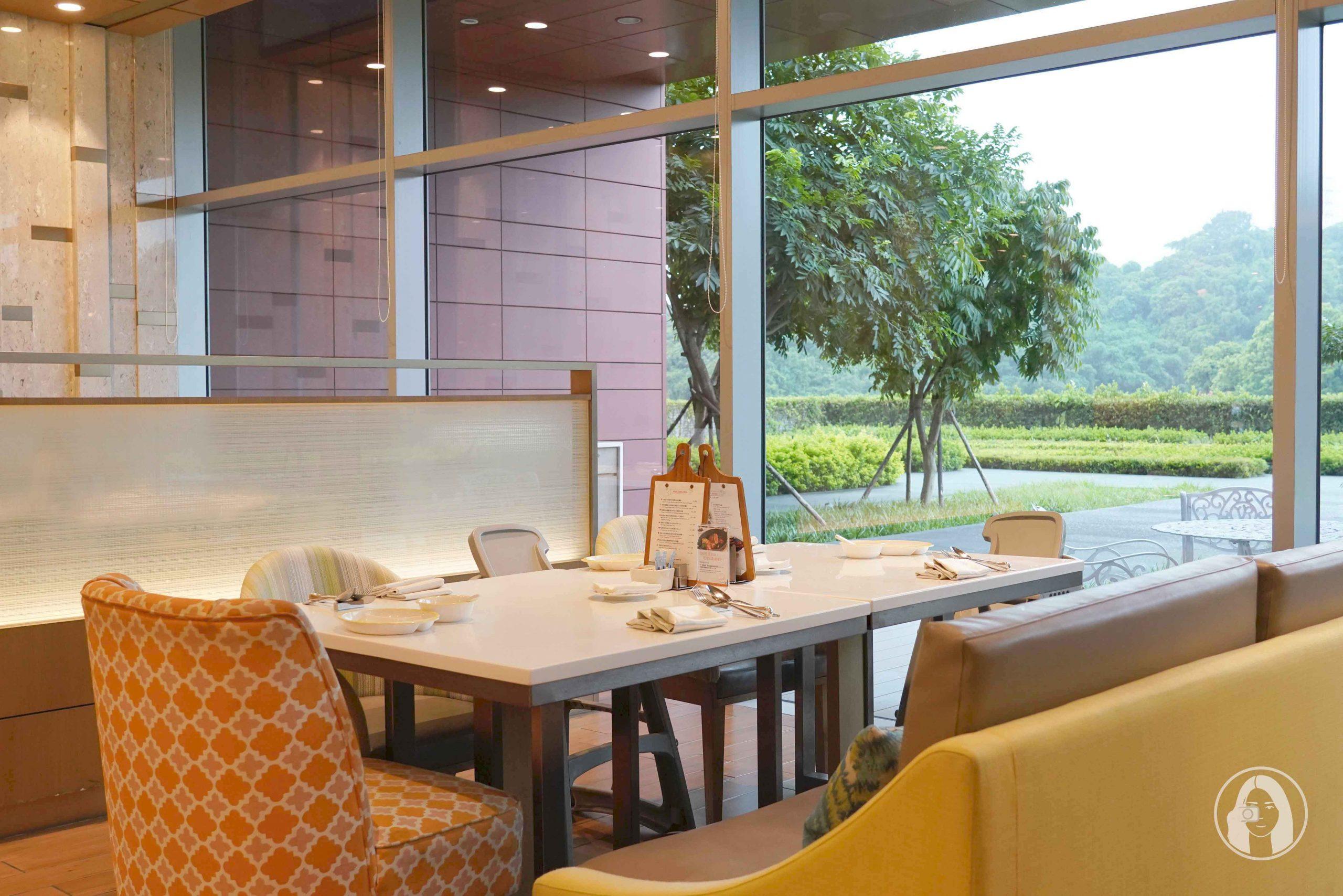 台北南港六福萬怡酒店 敘日全日餐廳 好萊塢名人也愛荷斯登牛肋眼牛排 頂級海陸特色主餐