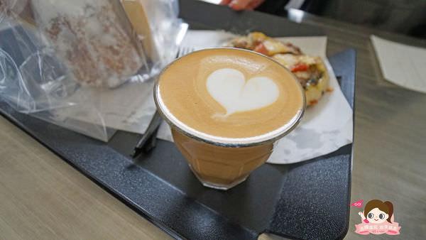 首爾聖水洞工業風咖啡店cafe-onion-카페어니언018.jpg