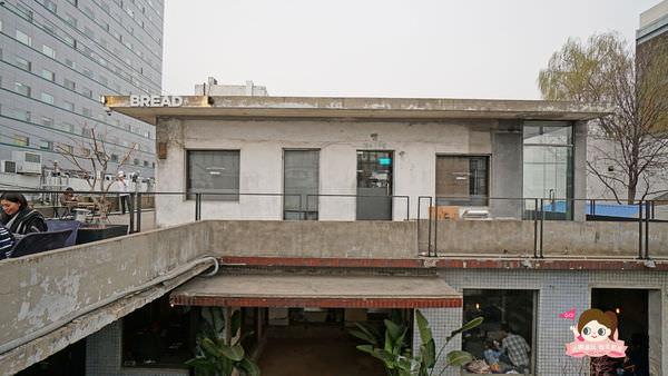 首爾聖水洞工業風咖啡店cafe-onion-카페어니언033.jpg