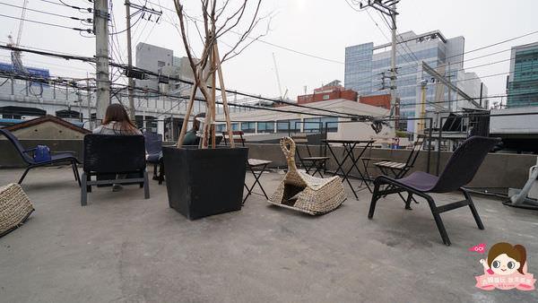 首爾聖水洞工業風咖啡店cafe-onion-카페어니언032.jpg