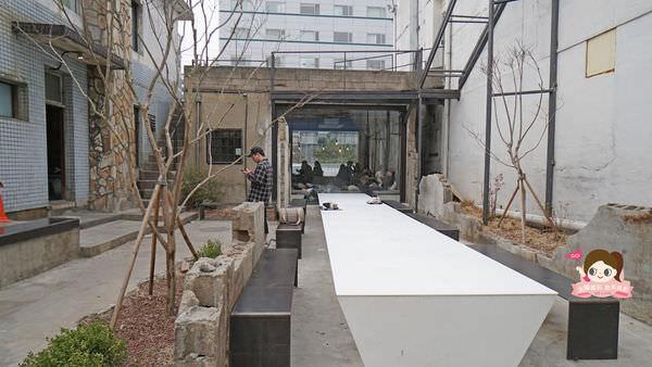 首爾聖水洞工業風咖啡店cafe-onion-카페어니언028.jpg