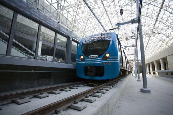 韓國旅遊交通 | 連接仁川機場鐵路AREX與首爾地鐵1、4號線的首爾站轉乘通道開通了!不用再拉行李上上下下!